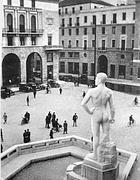 Brescia la statua del bigio