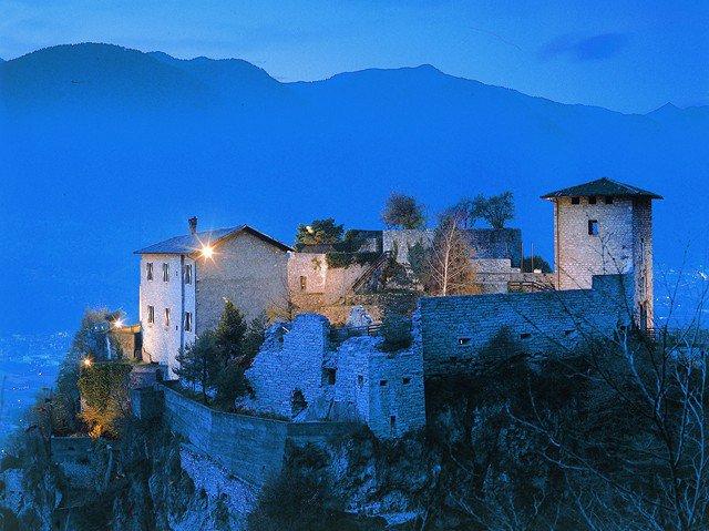 castello_san_giovanni_di_bondone