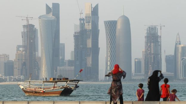_86766259_qatar_seafront_g