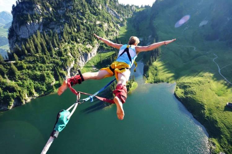 bungee-jumping-i-5-salti-piu-alti-del-mondo