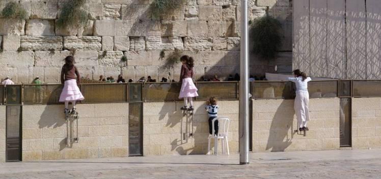 1280px-jerusalem_western_wall_bw_3