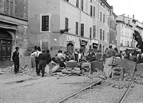 barricate_di_parma_lerezione_in_via_bixio-1